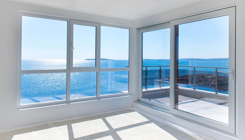 Ventanas y puertas de PVC para exteriores